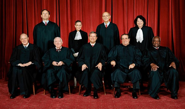 670px-supreme_court_us_2009